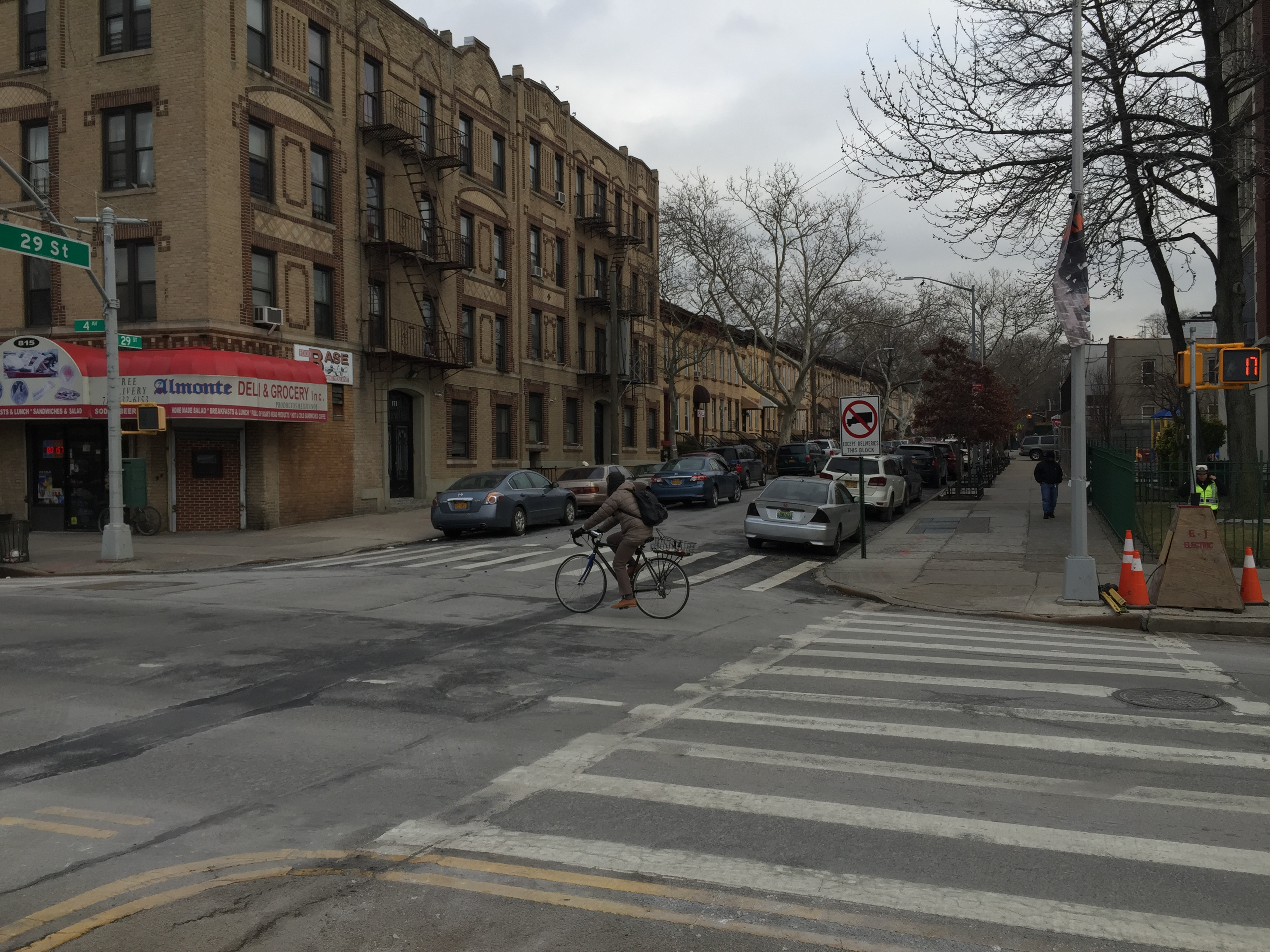 Sunset Parkers form list of recommendations on DOT's Fourth Avenue bike lane proposal
