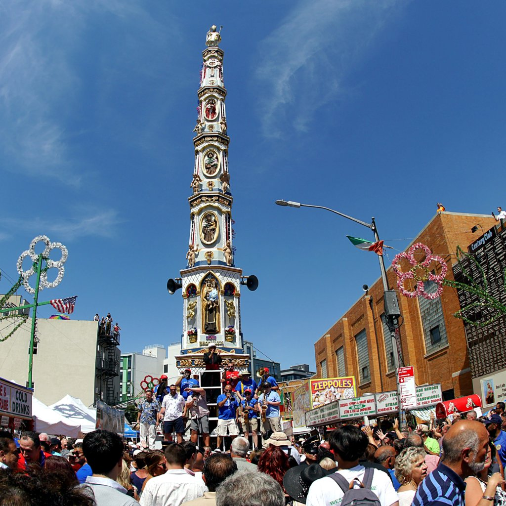 Annual Giglio feast puts Italian pride on display in Williamsburg